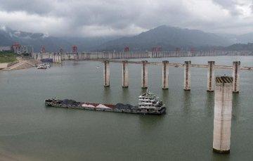 Chinas Yangtze sees rising cargo volume
