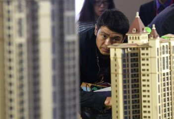 China to add more rentals to ease housing headache
