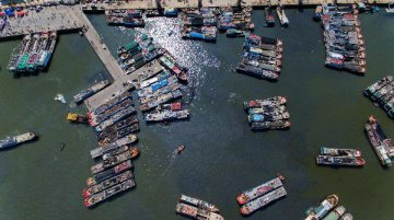 Chinas maritime economy expands by 7.5 pct in recent five years