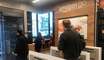 Amazons first cashierless hi-tech grocery store opens to public