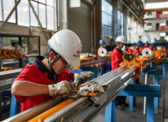 China industrial profits surge 21 pct in 2017