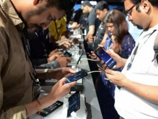 Chinese brands dominate Indias smartphone market