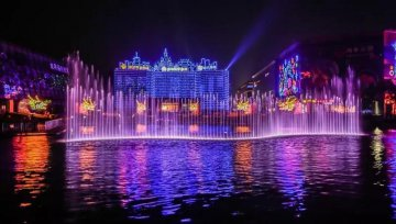 Holograms in China captivate eyes and wallets
