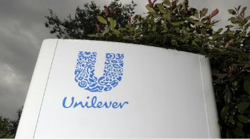Unilever picks Rotterdam over London as sole headquarters