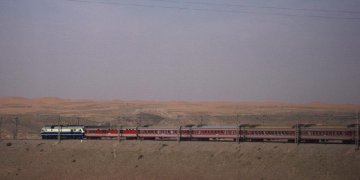 China approves railway project in Xinjiang