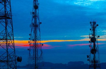 Hangzhou to build 300 5G cell towers by 2018