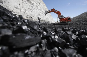 China eyes steady coal prices with increased supply