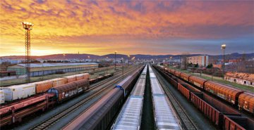Chinas rail freight up 6.1 pct in Jan.-April