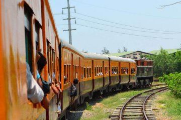 ​Myanmar to sign deal with tender winners for Yangon railway development