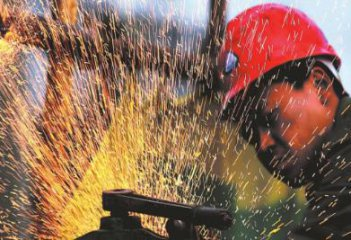 Manufacturing PMI up to 51.9 pct. in May