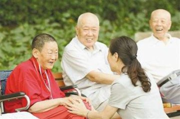 Shanghai issues first tax-deferred pension policy