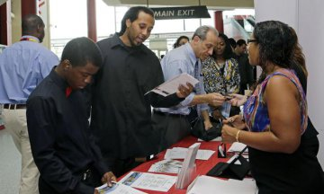 U.S. job openings almost remain level in June