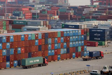 China runs USD 5.8 bln current account surplus in Q2