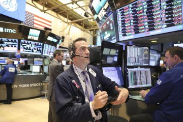 U.S. stocks post mixed weekly results amid geopolitical concerns
