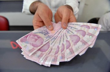 Emerging market currencies hit multi-year lows as Turkish sell-off spreads