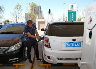 ​73.5 pct of Chinese consider buying new energy vehicles: survey