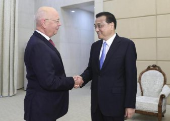 Li Keqiang calls for discussions to address problems facing global economy