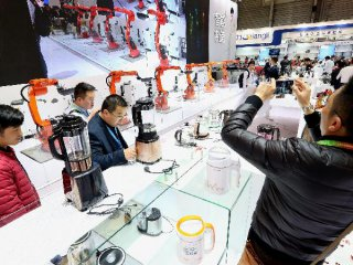 China unveils measures to boost consumption