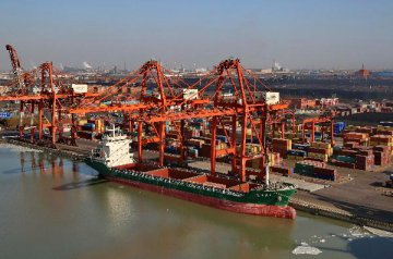 ​Chinas trade with B&R countries increases 13.2pct in Q1-Q3