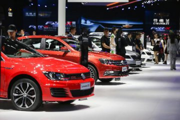 ​VW CEO warns German carmakers may lose world leading position