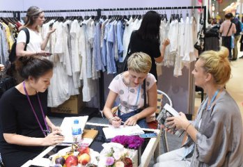 ​Canton Fair concludes with more new buyers from B&R countries