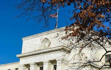 U.S. Fed warns of vulnerabilities facing financial system