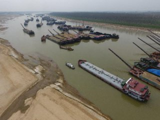 China to ban imports of waste foreign vessels for ship recycling: newspaper