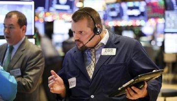 U.S. stocks close lower amid govt shutdown, data