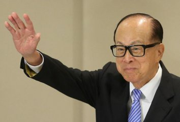 Hong Kong tycoon warns of rising complexity in global economy