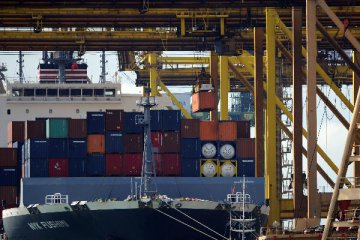 Singapores container throughput grows by 8.7 pct in 2018