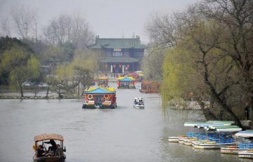 Jiangsus GDP maintains strong momentum