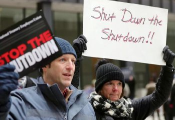 35-day govt shutdown costs U.S. economy 11 bln USD: budget office