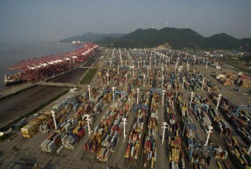 China January trade data beat expectations