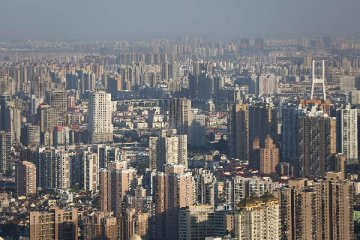 Seasonal factors drag down property sales in major Chinese cities