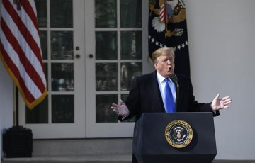 Trump declares national emergency over border wall, igniting new battles