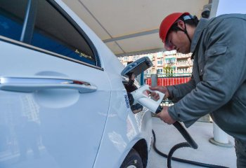 Experts say more U.S.-China collaboration needed in EV industry