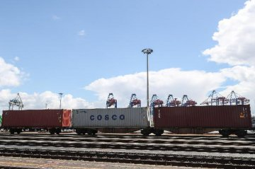 Port of Hamburg sees increase in container transport with China by rail