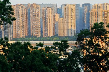 China to prudently advance legislation on real estate tax