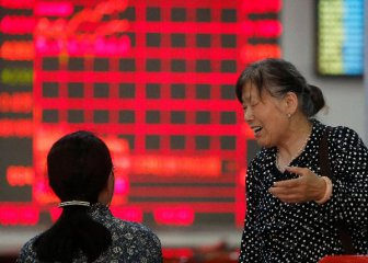 Chinese stocks rise after govt vows more tax cuts, investment