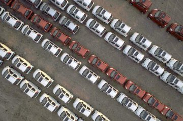 China's car sales have fallen for 8 straight months