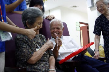 Guangdong to fully open elderly care market