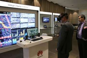 How Trumps Huawei Ban Threatens to Throttle Global 5G Rollout