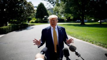 U.S. to impose major sanctions against Iran on Monday: Trump