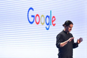 Google Brushes Off a Shareholder Revolt Over Its Plans in China