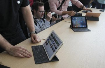 Apple takes lions share of tablet market in Q2: report