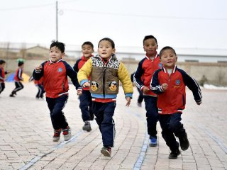China rolls out measures to evaluate pre-school education popularization