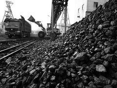 China iron ore port stocks fall to 101.97mln t by Oct. 27, Xinhua Index
