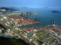 4 ports in Shenzhen qualified as Chinas grains import portal