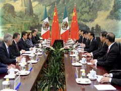 "China Focus: Premier Li ""regrets"" Mexicos scrapping of rail deal"